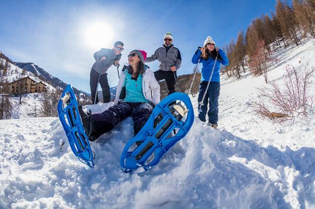 Jeux et loisirs des enfants en hiver