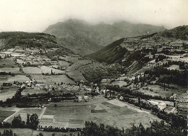 Histoire d'antan : allos village