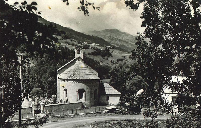 Histoire d'antan : allos village et l'église Notre Dame de Valvert